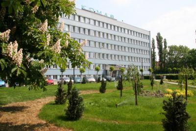 Zdjęcie instytutu techniki górniczej KOMAG